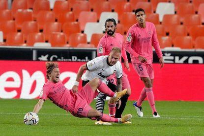 El Real Madrid, obligado a responder ante un Valencia reforzado