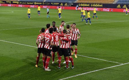 0-4: El Athletic aplasta al Cádiz como una apisonadora