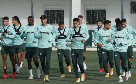 Víctor Ruiz, al margen, duda para el Betis-Getafe