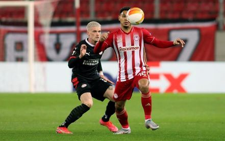 El Olympiacos pone contra las cuerdas al PSV