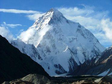 Las autoridades dan por muertos a los tres alpinistas desaparecidos en el K2