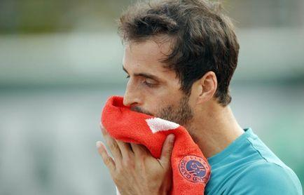 Albert Ramos le da un toque español a unos cuartos de final bien locales