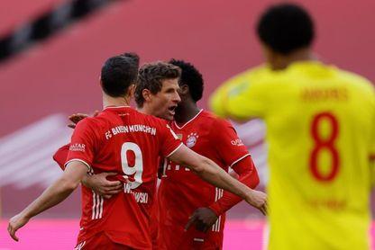 Doblete de Lewandowski en goleada del Bayern y Reinier marca para el Dortmund