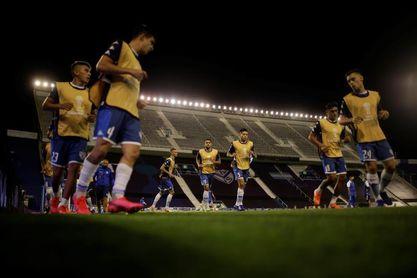 Vélez se impone ante Argentinos Juniors y sigue con puntuación ideal