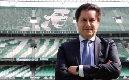 El Betis anuncia el fichaje de Juan Bustos como nuevo director de RTV Betis.