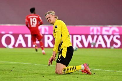4-2. Lewandowski responde a Haaland
