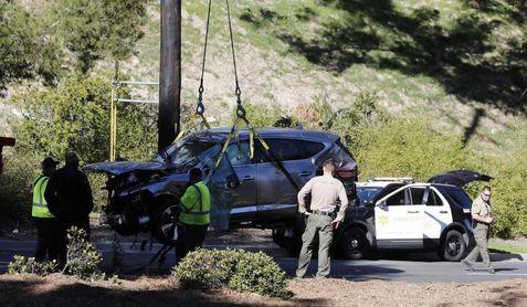 Un testigo asegura que Tiger Woods estaba inconsciente tras el accidente