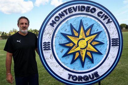El Torque aplasta al Wanderers y se sube a la cima del fútbol en Uruguay