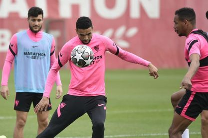 Lista con importantes novedades del Sevilla FC para viajar a Dortmund