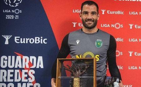 El ex del Betis Antonio Adán, el portero menos goleado de Europa, elegido 'MVP' de Portugal por tercer mes seguido