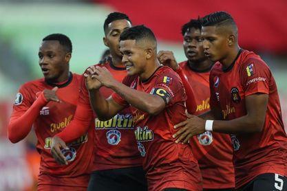 El Caracas quiere seguir soñando a costa del Junior de Perea