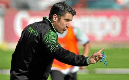 El ex del Betis Julio Velázquez vuelve a tener equipo