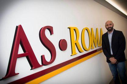 Monchi, el día de su presentación con la AS Roma.