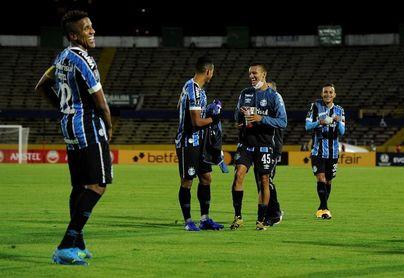 1-2. Plácida escala en Quito de Gremio, al que espera Independiente del Valle