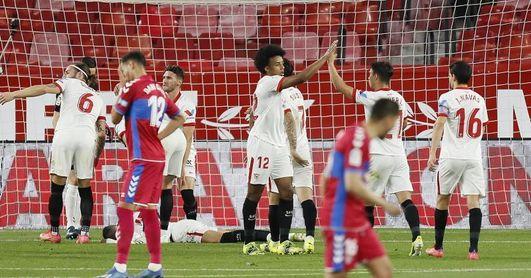 2-0. El Sevilla refuerza su plaza Champions