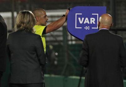El fútbol uruguayo sin VAR al menos por una semana más