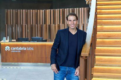 Nadal visita Cantabria Labs y destaca su esfuerzo en trabajar contra la covid