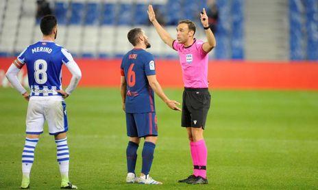 El Sevilla FC tiene un árbitro-talismán.