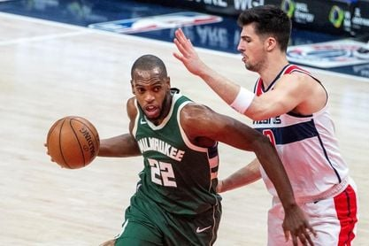 121-119. Ante los Celtics, Middleton lidera la octava victoria consecutiva de Bucks