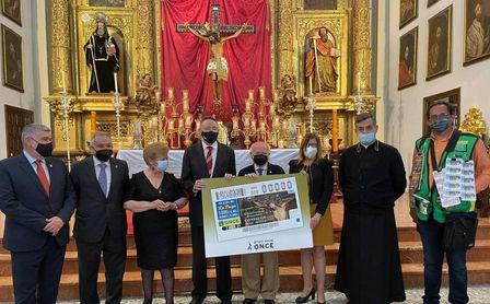 La ONCE dedica el cupón del 7 de abril a la hermandad del Confalón de Écija por su 450 aniversario.