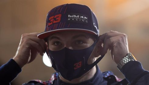 """Verstappen: """"Hay que tener los pies en la tierra"""""""