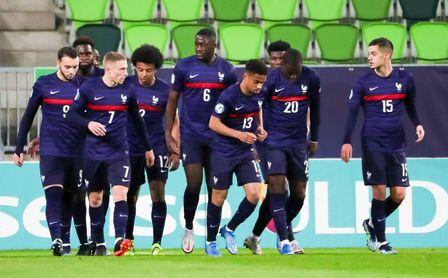 Koundé capitanea el triunfo de Francia sub 21 ante Rusia.