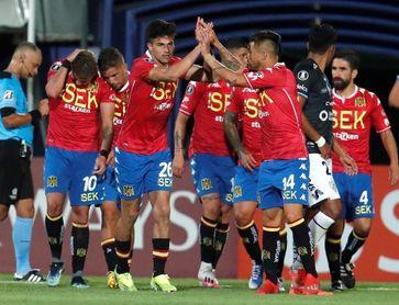 Antofagasta y Unión Española destacan en el arranque del fútbol chileno 2021