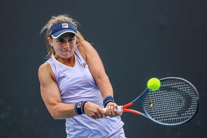 La argentina Nadia Podoroska renuncia al Torneo de Bogotá por una lesión
