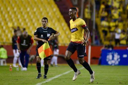 Tras los resbalones de Liga e Independiente, Barcelona sigue de líder del fútbol en Ecuador