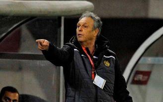 La federación armenia elogia el trabajo de Caparrós al frente de la selección.