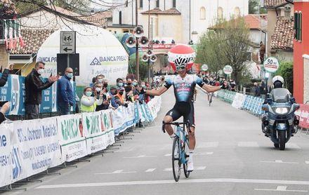Juan Ayuso: Ha sido increíble ganar las dos primeras carreras internacionales