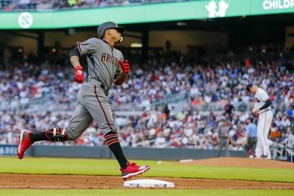 10-8. El dominicano Marte, con doble, sella la victoria de Diamondbacks