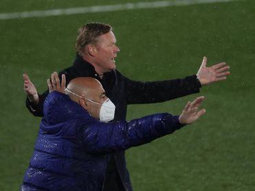 """Koeman: """"El penalti es clarísimo, una vez más tenemos que callarnos"""""""