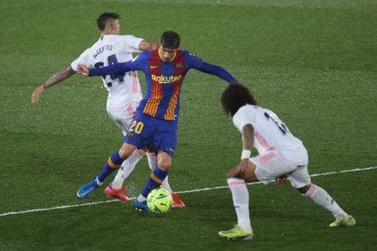 """Sergi Roberto: """"Me molesta que el árbitro no revise la acción de Mendy"""""""