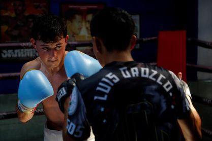 El sobrino del 'Canelo' Álvarez debutará en el boxeo profesional en junio