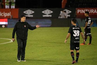 El Newell's de Germán Burgos gana su primer partido después de tres empates