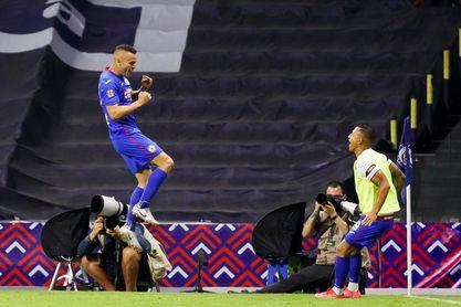 El Cruz Azul va por el récord de liga ante el América de Solari