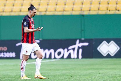 El Estrella Roja tendrá que jugar a puerta cerrada por insultos a Ibrahimovic