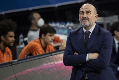 El Valencia quiere amarrar la quinta plaza ante Obradoiro ya centrado en la ACB