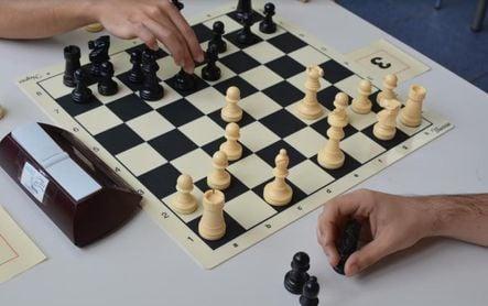 Es momento de mover pieza: arranca el Torneo de Ajedrez en el SADUS
