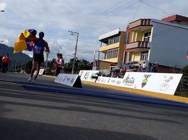 La dominicana Ana Tima y David Hurtado, destacan en el Grand Prix de atletismo de Ecuador