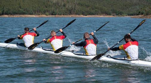 El K4 español, liderado por Craviotto, prueba la nueva embarcación