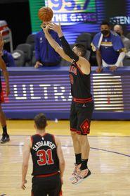 96-102. Vucevic y la defensa dejan a los Bulls ganadores ante los Celtics
