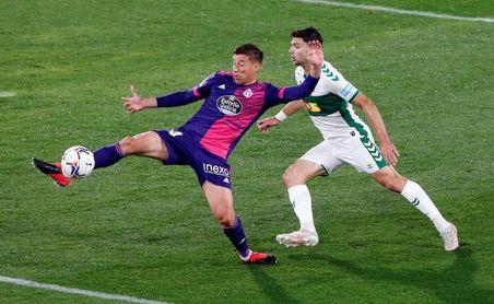 1-1. Olaza rescata al Valladolid y hunde al Elche