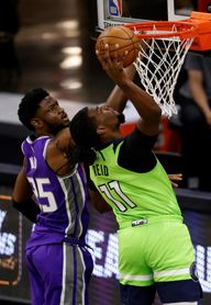 George, Irving y Knicks destacan en una jornada de bajas importantes