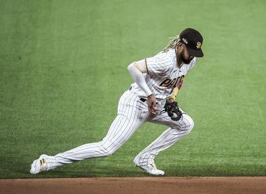 El dominicano Fernando Tatis es elegido el Jugador de la Semana en la Liga Nacional de la MLB