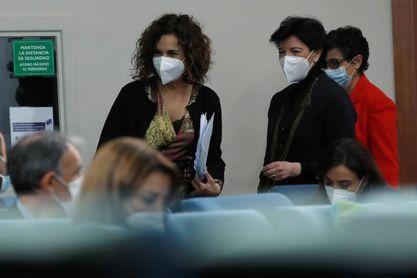 El Gobierno valora los niveles de vacunación para la vuelta segura del público