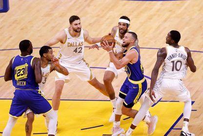 Jazz y Nets se clasifican para los 'playoffs', Bucks y Mavericks se acercan