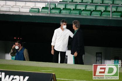 """Europa, según Imanol: """"El Betis llega fresco, el Villarreal con nivel Champions y el Granada siempre compite"""""""