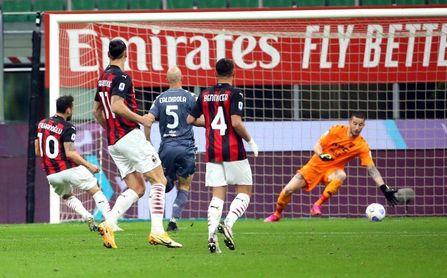 Calhanoglu y Theo dan tres puntos de oro al Milan